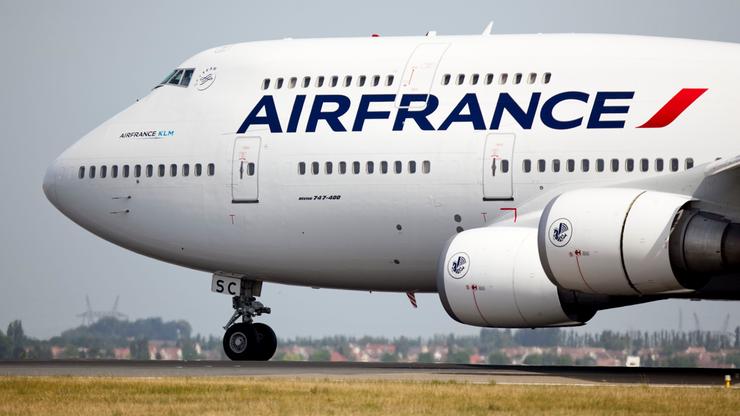 Awaryjne lądowanie samolotu Air France. Na pokładzie było 520 osób