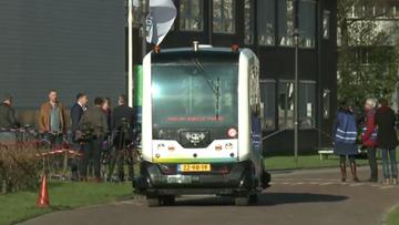 Holandia: pierwszy na świecie autonomiczny mikrobus wyjechał na drogę publiczną