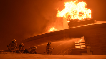 Pożar kultowego muzeum. Ogień strawił wszystkie zabytkowe pojazdy