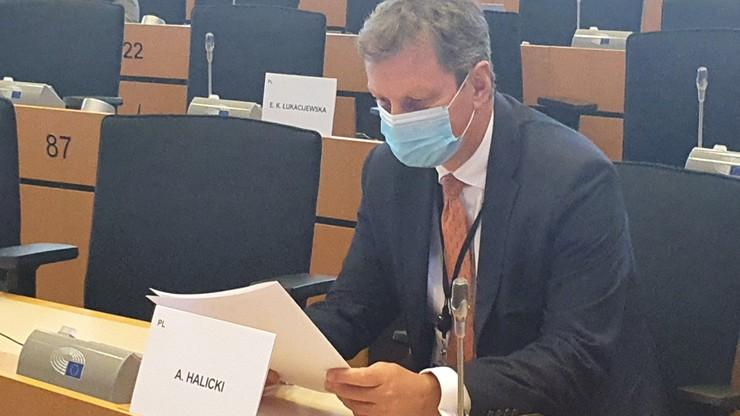 """""""Rząd PiS przyjął retorykę agresji"""". PO ws. raportu Komisji Europejskiej"""
