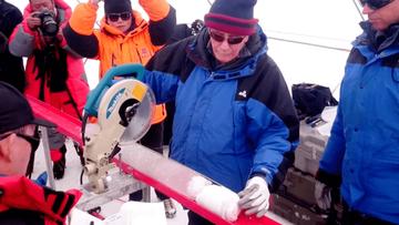 Znaleźli wirusy sprzed 15 tys. lat. Na himalajskim lodowcu
