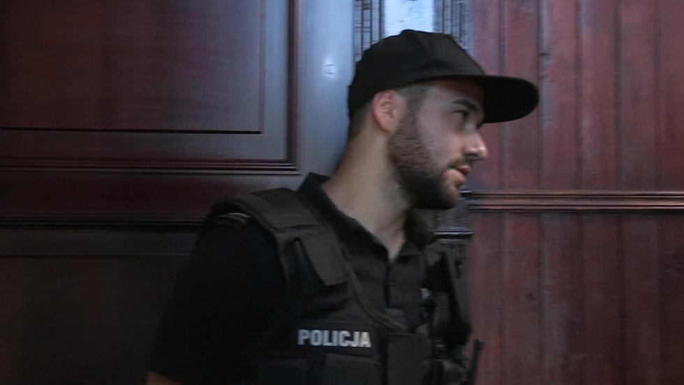 Policjantki i policjanci - Odcinek 102